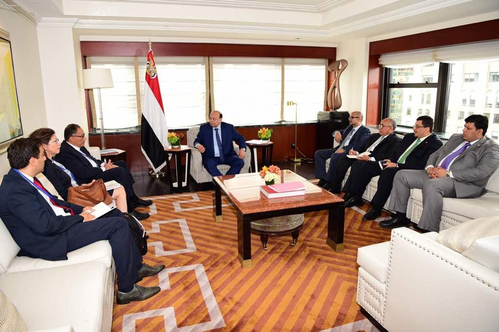 رئيس الجمهورية يبحث مجالات التعاون مع نائب رئيس البنك الدولي